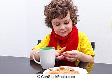 chaud, boire, écharpe, séance, maison, boisson, peu, tasse, temps froid, thé, garçon, bouclé, table cuisine