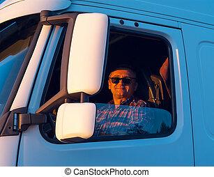 chauffør, ind, den, kabine, i, ham, lastbil