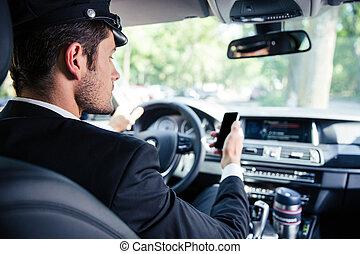 chauffeur, paardrijden, mannelijke , auto