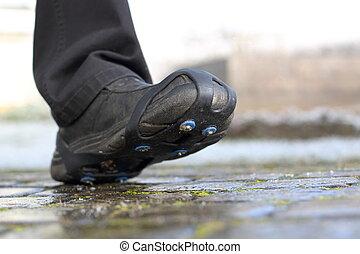 chaussure, neige, pointes, chaînes, sur, sentier