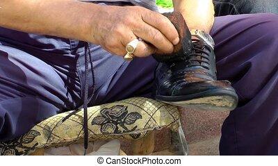 chaussure, peintre