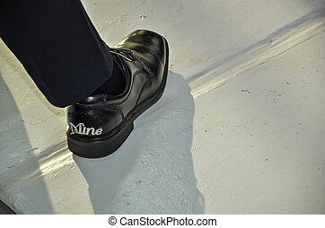 chaussure, petit ami