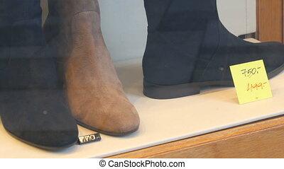 chaussures, daim, cuir, étiquettes, coût, fait, fenêtre, ...