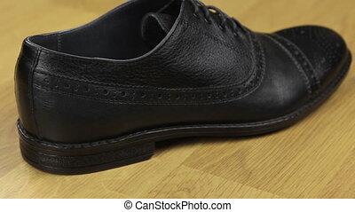 chaussures, hommes, classique, arrière, cuir, glisseur, vue, laces., prise vue.