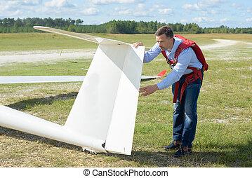 checking the glider