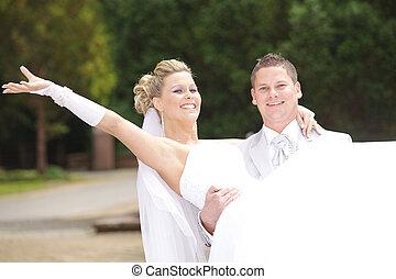 cheers pretty wedding couple
