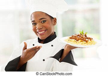 chef, afro estadounidense, espaguetis, presentación