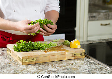 chef cuistot, fait maison, préparer, salade, cuisine