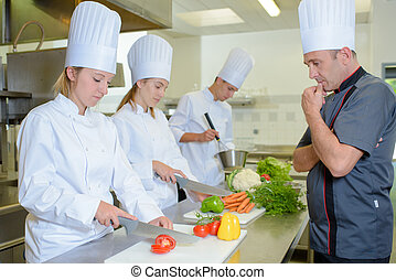 chef observing the students