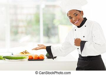 chef, vegetales, presentación, africano femenino
