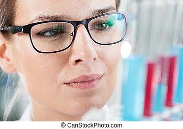 chemiker, analysieren, ergebnis, von, versuch