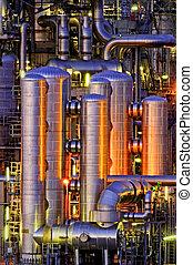 chemisch, installatie, op de avond