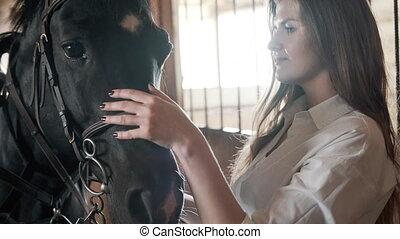 chemise, blanc, girl, cheval, caresser, noir