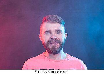 chemise bleue, positif, jeune, arrière-plan., hipster, branché, poser, homme, moustache, barbe