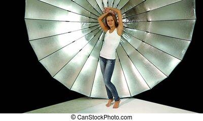 chemise, photo, jean, danses, studio, devant, girl, réflecteur