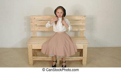 chemisier, mignon, wall., chapeau noir, studio, blanc, poses, girl, elle