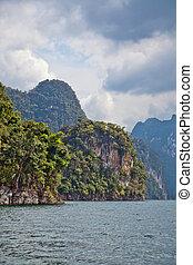 Cheow Lan lake.
