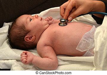 cheques, bebé, partera , recién nacido