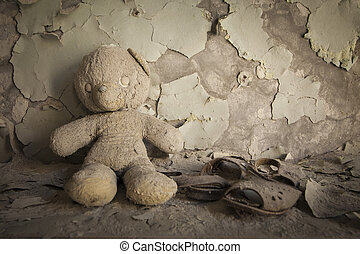 Chernobyl - Teddy bear in abandoned house - Old white teddy...