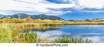 Cherry Creek Preserve - A beautiful reservoir in autumn...
