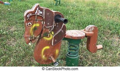 cheval bébé, vieux, balançoire