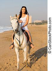 cheval, femme, jeune, équitation, plage, heureux