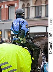 cheval, police