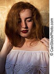 chevelure, lumière, closeup, portrait, tendre, poser, girl, robe soleil, blanc rouge