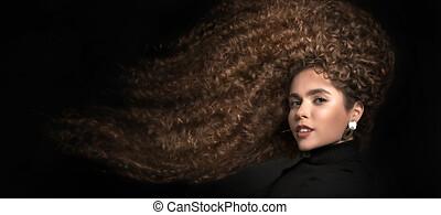cheveux, bouclé, course, grand, portrait, soin, cheveux afro, noir, mélangé, concept, femme, hair.