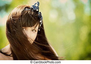 cheveux, portrait, femme, vent soufflé