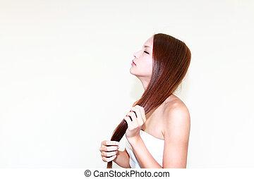cheveux, prendre, femme, elle, soin