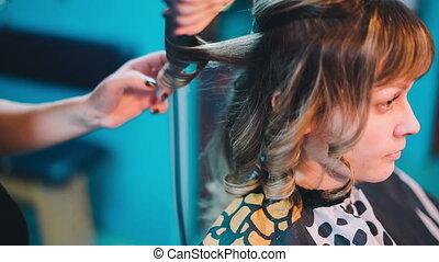 cheveux, redresse, client., coiffeur
