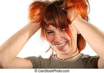cheveux rouges, femme, à, mains dans cheveux
