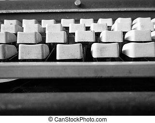 chiavi antiche, macchina scrivere