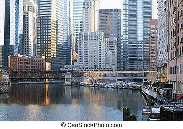 chicago, śródmieście, sylwetka na tle nieba