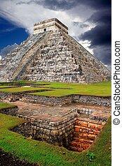 Chichen Itza Kukulcan Mayan Pyramid El Castillo over...