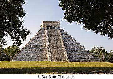 Mexico - Chichen Itza The main pyramid El Castillo is also ...