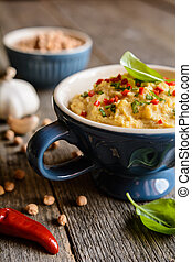 Chick pea spread with garlic, onion and chili