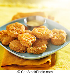 chicken nuggets with honey mustard sauce