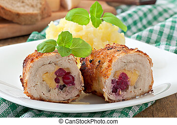 Chicken rolls with cranberries
