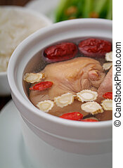 Chicken soup with ginseng