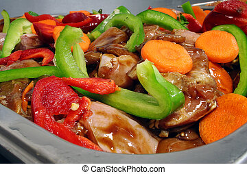 Chicken and fresh vegetable stir fry mixture
