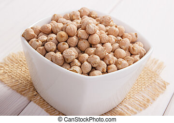 Chickpeas containing zinc and dietary fiber - White bowl...