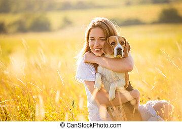 chien, femme