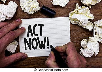 chiffonné, concept, dont, texte, marqueur, now., jeûne, écriture, retard, demander, tenue, papiers, plusieurs, quelqu'un, mistakes., business, tries, cahier, réponse, homme, mot, avoir, acte, action, page