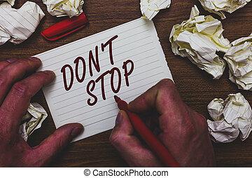chiffonné, concept, texte, rendre, marqueur, quel, avoir, été, écriture, retard, sans, mistakes., papiers, plusieurs, tenue, signification, cahier, pas, homme, mettre, tries, continuer, t, stop., écriture, page
