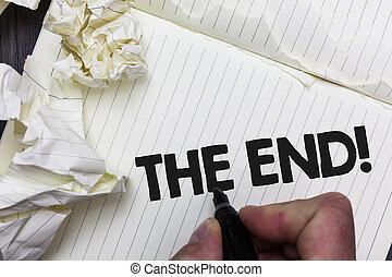 chiffonné, photo, fin, papier, quelque chose, fin, idées, écriture, papiers, conceptuel, call., conclusion, vie, objet, business, projection, motivation, bloc-notes, main, plusieurs, tries., temps, showcasing