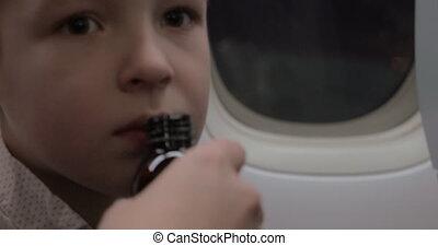 Child in plane refusing to take medicine