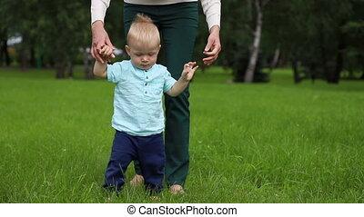 child., indépendant, étapes, steps., mère, aide, alors, ...