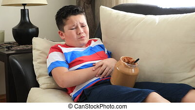 Child with abdominal pain - Painful child having abdominal...